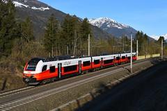 4746 033, R 4933 ( Mallnitz-Obervellach > Spittal-Millstättersee ). Mühldorf-Möllbrücke (M. Kolenig) Tags: 4746 cityjet tauernbahn desiroml berg schnee baum