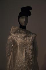 Contemporary Muslim Fashions im MAK- PK-bw_20190403_8459.jpg (Barbara Walzer) Tags: 030419 contemporarymuslimfashions mak museumangewandtekunstfrankfurt