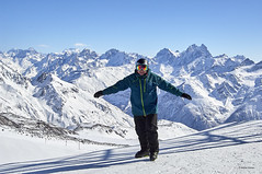 Elbrus, skiing. (azh565) Tags: elbrus mountain mount skiing 5642 landscape nature ngc snow scyline d2x nikon