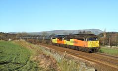 Two Grids And No Clouds. (Neil Harvey 156) Tags: railway 56094 56113 walkmill cliviger copypitline prestondockstanks prestontanks bitumentanks 6e32 class56 colasrail colas grid doubleheaded pendlehill