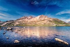 Schottensee am Flüelapass ... Graubünden, Schweiz (nigel_xf) Tags: berge bergwelt graubünden schweiz swiss switzerland alpen alpine clouds sky himmel blau blue wolken see lake flüelapass schottensee nikon d750 alpenblick alpenpanorama nigel nigelxf vsfototeam