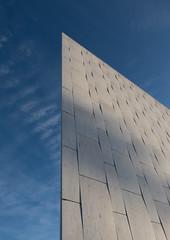 Marble´s warping and bowing (Uup115) Tags: alvaraalto finlandiahall building helsinki marble architecture töölönlahtibay finlandiatalo italiancarraramarble töölönlahti
