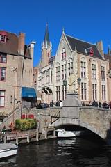 Brugge (Brian Aslak) Tags: brugge bruges westvlaanderen vlaanderen flandre flanders belgië belgium belgique europe town dijver canal bridge