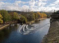 River Avon & Weir (LeftCoastKenny) Tags: england day12 bath hills trees clouds buildings people river cascade water boats sky weir