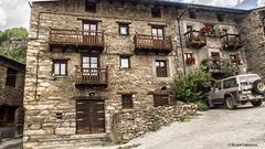 2733  Civis, Lleida (Ricard Gabarrús) Tags: pueblo rural aldea villa civis calle rustico ricardgabarrus ricgaba olympus arquitectura casa edificio