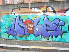 ?!! (en-ri) Tags: mole otk crew tiè old toyz klan lilla uomo guy ragazzo boy barba torino wall muro testa head graffiti writing