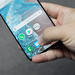 Galaxy S10 Reverse Wireless Charge iPhone XS Max