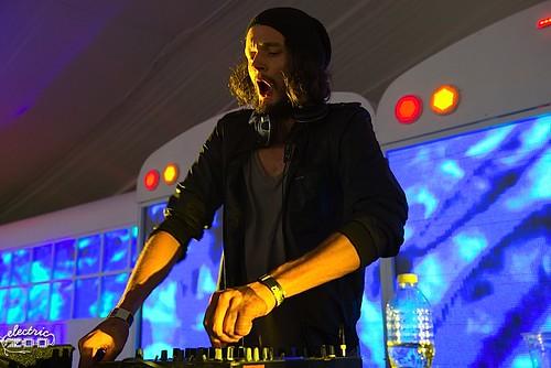 EZ2012-Apparat_DJSet-SRK_001_2267