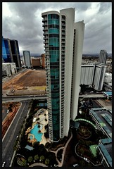 FunkyWest (VegasBnR) Tags: nikon nevada building turnberry turnberrytowers tower vegas vegasbnr vegas1 tall skysraper lasvegas paradise pool