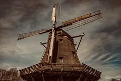Windmill... (hobbit68) Tags: fujifilm xt2 windmill windmühlen clouds wolken himmel sonne sky sonnenschein hessenpark ö windows fenster windräder