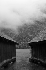 _DSF2247_Königssee (pearlsounder) Tags: rain sea wooden hut boathouse fuji xe1 xf27mm