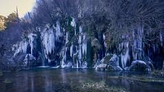 Hielo en el Nacimiento del Rio Cuervo (Pedro P. Galindo) Tags: hielo agua frio riocuervo cuenca