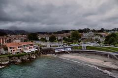 temp (391) Llanes .   Asturias. (blanferblanc) Tags: mar playa torreón ciudad apartamentos nubes llanes asturias muralla