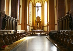 _G1S0010k (Observatorix) Tags: dom eifel altar kreuz chorgestühl kloster kirche christus zisterziensermönche barock bernhardvonclairvaux salm salmtal groslittgen abtei mönche zisterzienser