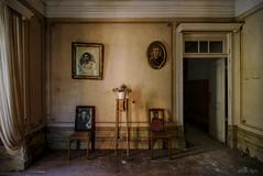 Retratos de familia (f@gra) Tags: abandoned abandonedplaces antique indoor interiordesign livingroom memories picture portriat sigma sony urbex
