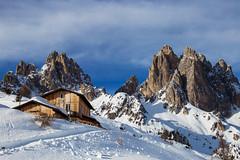 Rifugio Città di Carpi (stgio) Tags: dolomiti montagna mountains mountainlandscape veneto neve inverno winter cime bellezza alpi