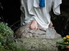 Immaculate toenails (Stoneybutter) Tags: cork ballinspittle countycork virgin virginmary ireland catholic movingstatue religiousstatue toes feet religion myth