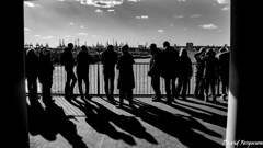 Silouettes Enjoying the View (Daveoffshore) Tags: germany hamburg silouette looking line people shadow