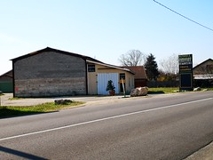 Le Panier Romanais sans suite (laphotoduxix) Tags: drome 26 façade commerce ancien désertification travaux