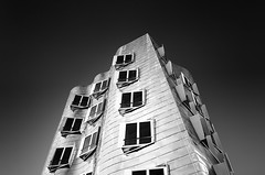 _MG_6768 - Gehry-Bauten №6 (AlexDROP) Tags: 2015 dusseldorf germany deutschland travel bw building city urban architecture canon6d ef241054lis best iconic famous mustsee picturesque postcard circpl