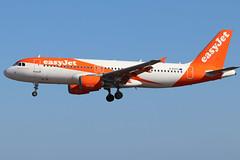 G-EZTY (GH@BHD) Tags: gezty airbus a320 a320200 a320214 u2 ezy easyjet ace gcrr arrecife arrecifeairport lanzarote aircraft aviation airliner