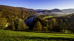Eifel0048Rursee (schulzharri) Tags: eifel see lake deutschland germany europa europe water sun wasser sonne landschaft gras himmel meer berg baum wald bucht felsen