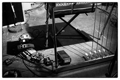 Heather Leigh @ Cafe Oto, London, 26th January 2019 (fabiolug) Tags: guitarpedals guitarpedal heatherleigh pedalsteelguitar steelguitar guitar guitarist voice singer cafeoto london dalston music gig performance concert live livemusic leicammonochrom mmonochrom monochrom leicamonochrom leica leicam rangefinder blackandwhite blackwhite bw monochrome biancoenero voigtlandernoktonclassic35mmf14 voigtlandernokton35mmf14 voigtlander35mmf14 35mm voigtlander