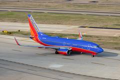 N432WN Boeing 737-700 Southwest (SamCom) Tags: swa southwest southwestairlines 737 boeing 737700 kdal dal dallaslovefield lovefield n432wn