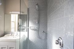 Room 1 bathroom (Adnams) Tags: thecrosskeysaldeburgh crosskeys aldeburgh suffolk pub adnams