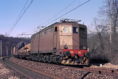 FS E636 344 (maurizio messa) Tags: omcge lombardia e636 mau bahn ferrovia freighttrain fret cargo guterzuge treni trains railway railroad yashicafxd