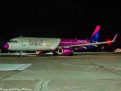 Wizz Air HA-LXH HAJ at Night (U. Heinze) Tags: aircraft airlines airways airplane night nightshot planespotting plane flugzeug haj hannoverlangenhagenairporthaj olympus 12100mm