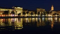 Split in the Darkness (Luna y Valencia) Tags: hrvatska croazia split spalato skyline night adriatico