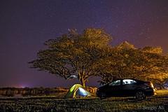 Campamento junto al río (Sergio Ali - Naturaleza en imágenes) Tags: nocturna estrellas campamento landscape paisaje