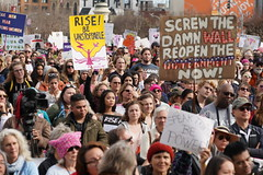 Woman's March 2019 (Lynn Friedman) Tags: signs government democracy thewall womansmarch politics gender equality resistance sanfrancisco california usa 94102