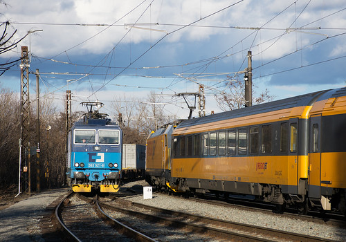 ČD Cargo 363.521-6 & RJ 386.202-6, Brno-Dolní, 250