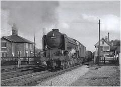 60125. Tuxford North Crossing. (Alan Burkwood) Tags: tuxford ecml levelcrossing peppercorn a1 60125 scottishunion steam locomotive freight seedpotatoes