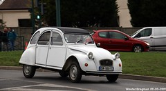 Citroën 2CV 1987 (XBXG) Tags: dm990pc citroën 2cv 1987 citroën2cv 2pk eend geit deuche deudeuche 2cv6 blanc white 32ème salon champenois du véhicule de collection belles champenoises belleschampenoises 2019 époque esplanade roland garros reims marne 51 grand est grandest champagne ardennes france frankrijk vintage old classic french car auto automobile voiture ancienne française vehicle outdoor