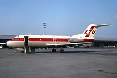 D-ABAX_1969-10_MUC_1200_NK (stefanmuc2001) Tags: dabax fokker f28 f281000 ltu airliner jet aircraft plane flugzeug 1969 muc eddm münchen riem münchenriem munichriem flughafen airport kodachrome k25