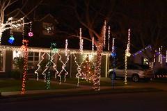 December 28: Christmas Lights (earthdog) Tags: 2018 nikon nikond5600 d5600 18300mmf3563 christmas decoration light christmaslight sanjose willowglen night lowlight nightphoto project365 3652018