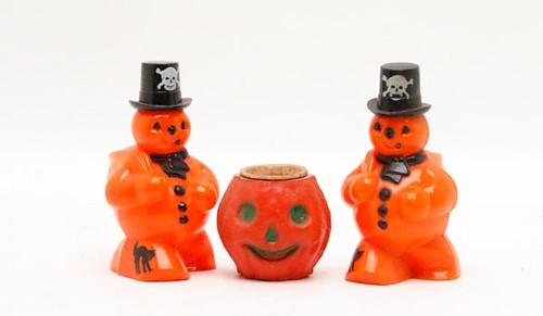 1930's-1940's Halloween snowman figures ($112.00)
