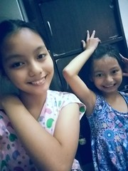 different face expressions (ghostgirl_Annver) Tags: asia asian teen teens annver ashley sister sisters siblings daughter child children kids kid family face faces