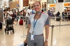 Nathalie, hôtesse d'Air Austral (philippeguillot21) Tags: femme woman hôtesse aviation airaustral saintemarie réunion gillot aéroportrolandgarros indianocean océanindien france outremer pixelistes smile sourire dent teeth canon