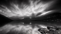 Aurore boreale enfin presque (flo73400) Tags: paysage landscape poselongue longexposure bw nb nuage cloud mountain montagne