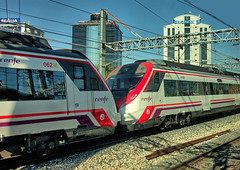"""RENFE """"Civia"""" Class 464 Cercanías EMU No. 9-465-562 and 9-465-519 in Madrid suburbs on 24 Oct 2018 (Trains and trams eveywhere) Tags: renfe spain emu commuterservices cercanías caf electric train railways espana alsthom bombardier siemens civia madrid ericsson"""