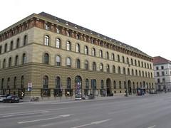 Haslauer-Block (magro_kr) Tags: monachium munich münchen munchen muenchen niemcy germany deutschland bawaria bavaria bayern kamienica budynek architektura building architecture