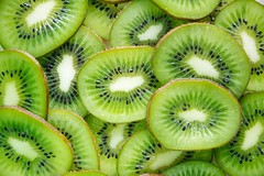 Close up cut delicious  - Credit to https://homegets.com/ (davidstewartgets) Tags: closeup cut delicious food photography fresh freshness fruit green juicy kiwi ripe seeds slice sliced sweet tasty texture tropical yummy