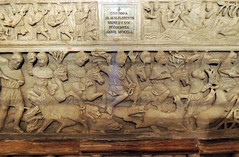 Osimo - 7 (antonella galardi) Tags: marche ancona osimo 2013 chiesa duomo sanleopardo conero romanico gotico cripta sarcofago visecolo