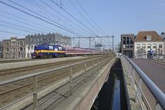 Tagessonderzug nach Amsterdam (Peter de Winter) Tags: nederland utrecht amersfoort fairtrains railexperts rxp serie1200 1251 tagessonderzug sonderzug spoorwegen eisenbahn niederlande nl