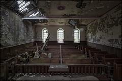 Peely paint chapel (ducatidave60) Tags: fuji fujifilm fujixe3 fujinonxf1024mmf4 abandoned decay dereliction