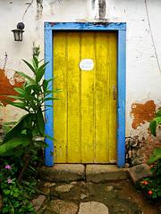 photo - Yellow Door, Paraty, Brazil (Jassy-50) Tags: photo paraty brazil door yellowdoor blueyellow